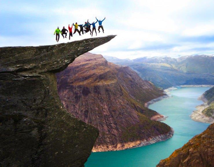 Top-10-Viewpoints-Trolltunga-Photo-by-OpplevOdda-740x575