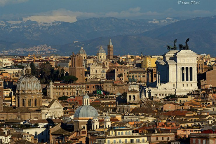 Top-10-Viewpoints-Rome-Photo-by-Luca-Alessi-740x494