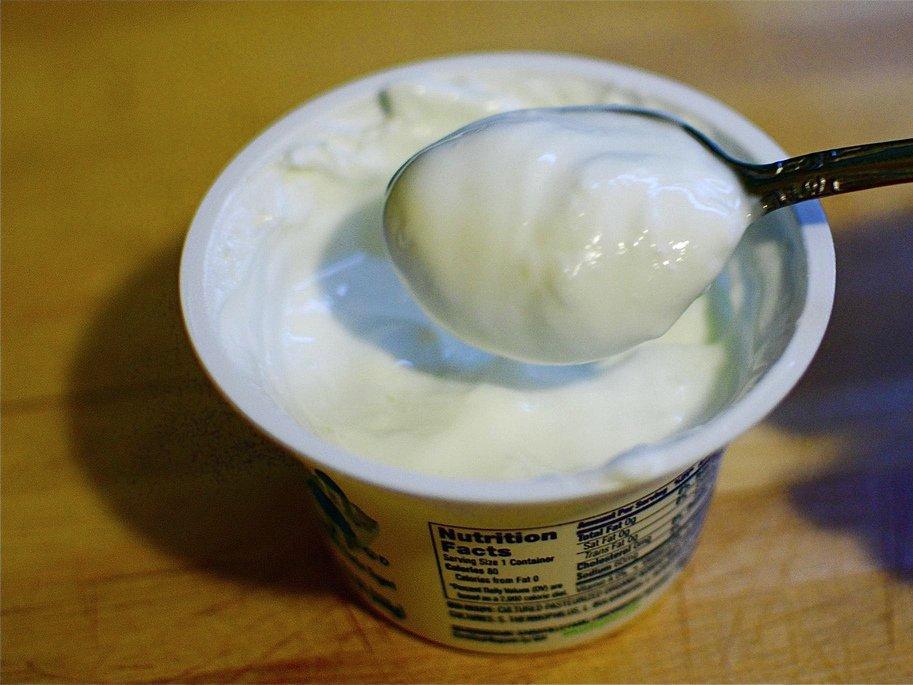 can-yogurt-ease-digestive-problems