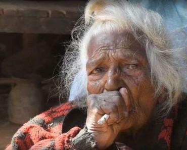 Najlepšie babička fajčenie