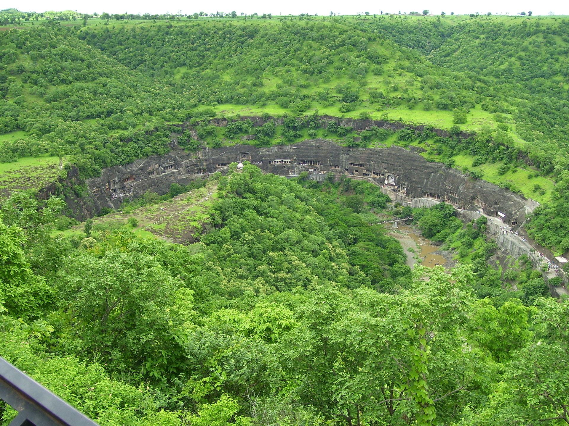 02-kanheri-caves