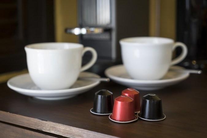 single-use-coffee-pods-2-889x593