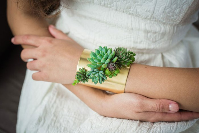 living-succulent-plant-jewelry-passionflower-susan-mcleary-8