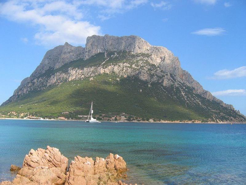 tavolara-island-1[2]