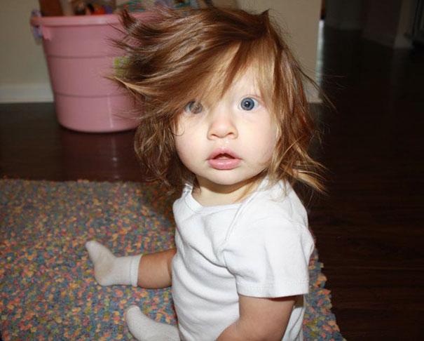 deti-zo-zabavnymi-vlasmi-