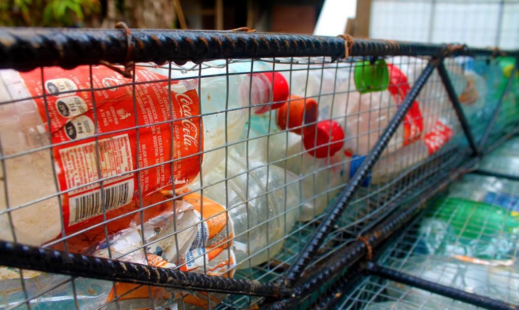 Plastic-bottle-village-3-1020x610