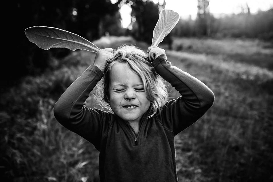 raw-childhood-without-electronic-devices-niki-boon-new-zealand-25