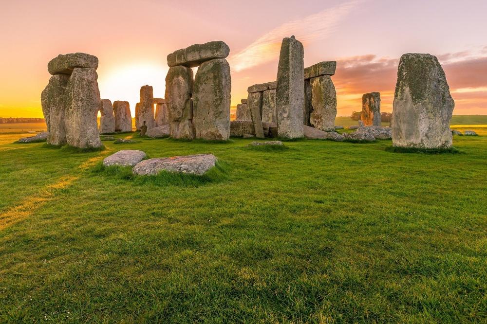 1997705-1000-1463724919-stone