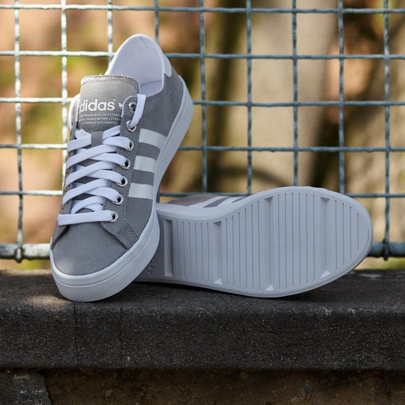 adidas-courtvantage-solid-grey-white-metallic-silver-solid