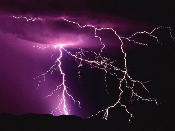 Pink_Lightning-610x457