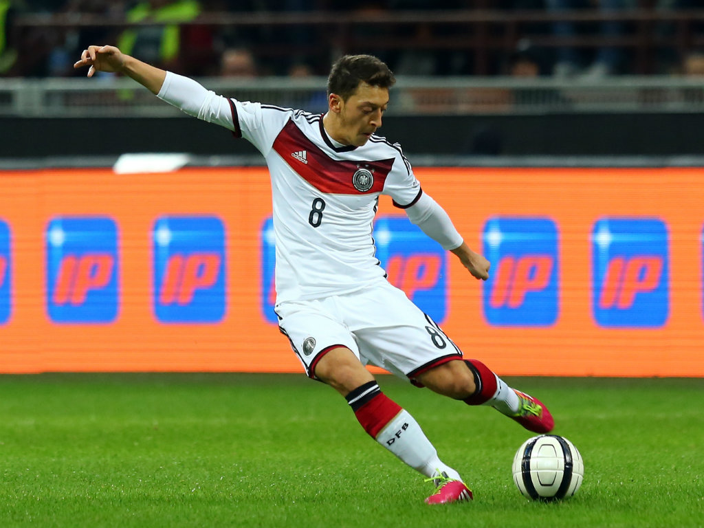 Mesut-Ozil-German-Star