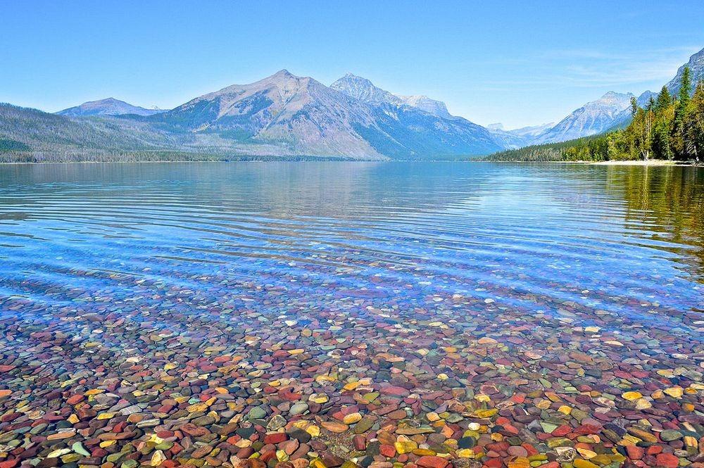 lake-mcdonald-colored-pebbles-810