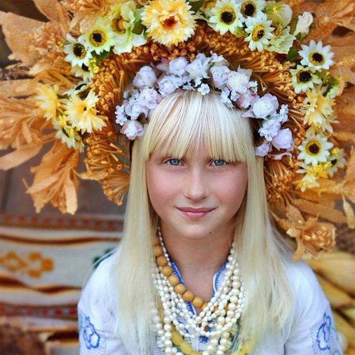 UkrainianHeaddress10