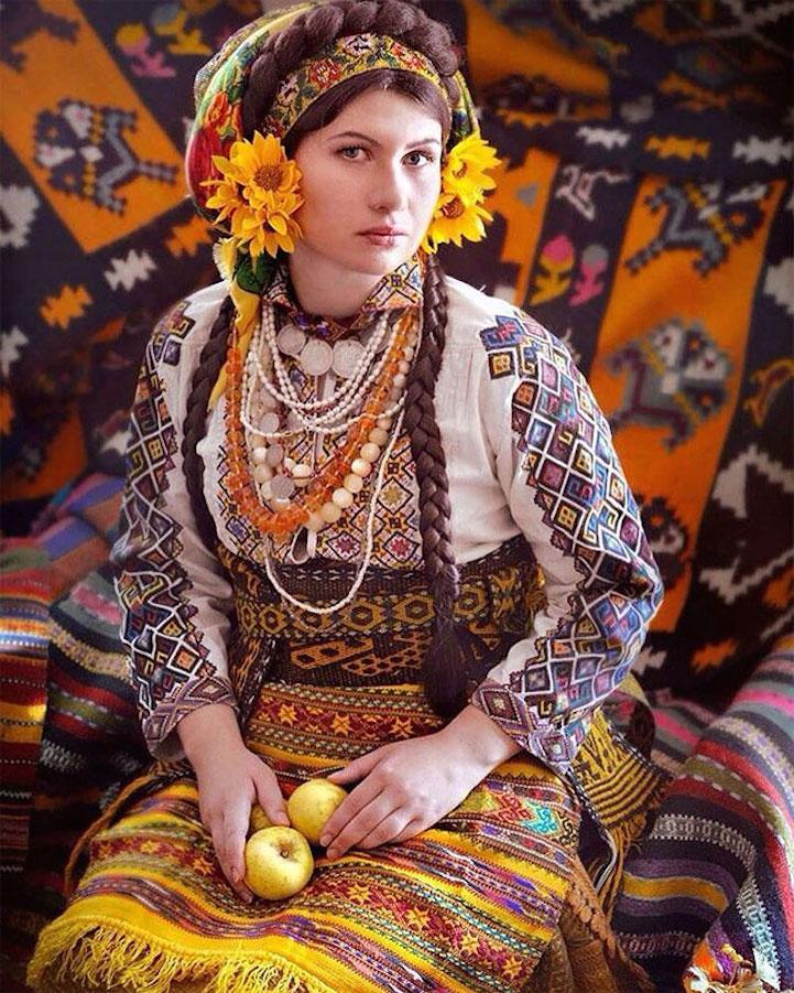 UkrainianHeaddress4