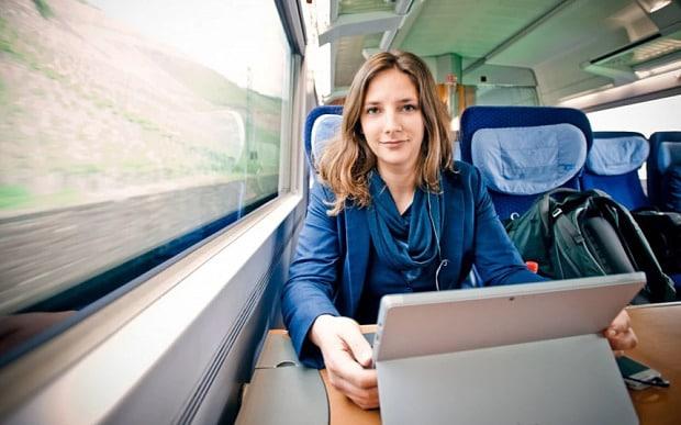 Výsledok vyhľadávania obrázkov pre dopyt student at train
