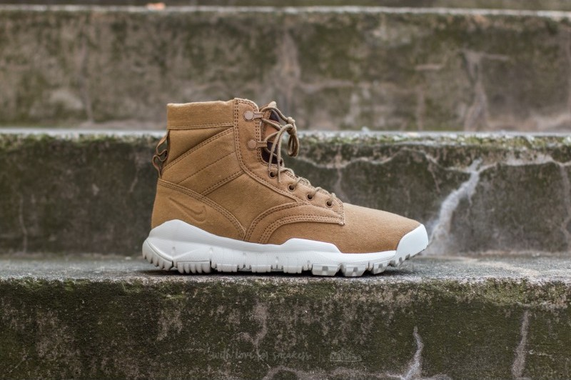 nike-sfb-6-cnvs-nsw-golden-beige-golden-beige-sail-1
