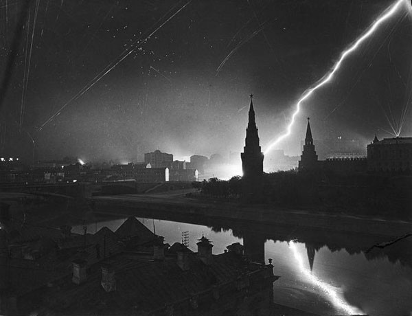 moscow-under-attack
