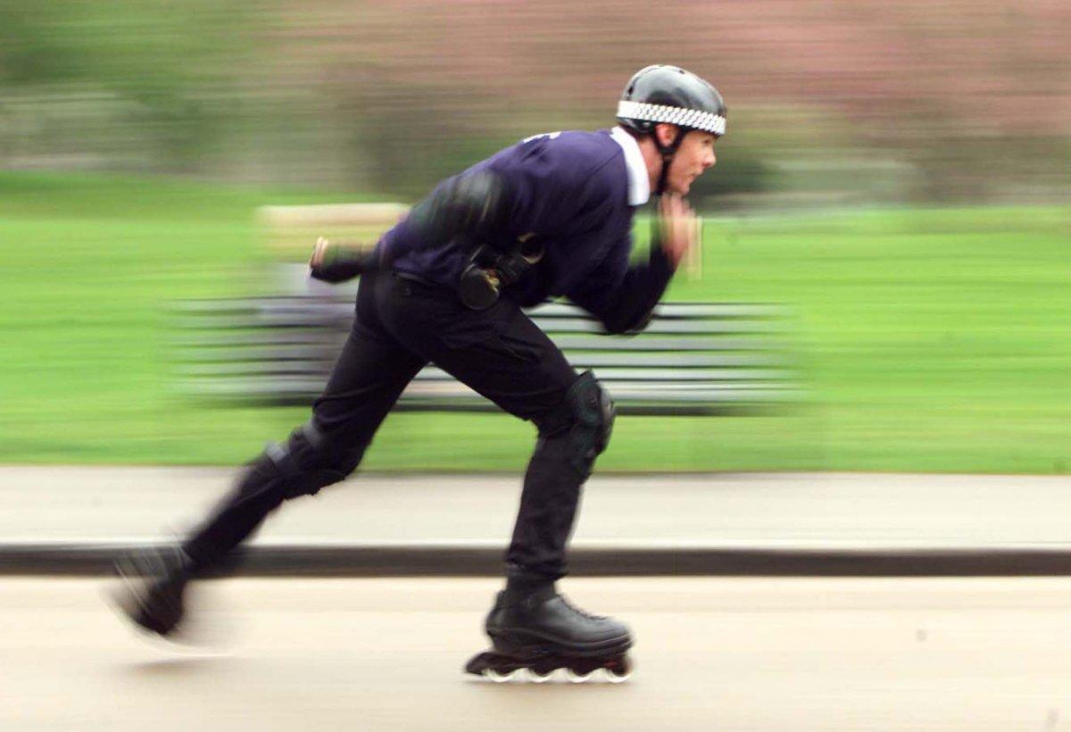10-rollerblading-683-calorieshour