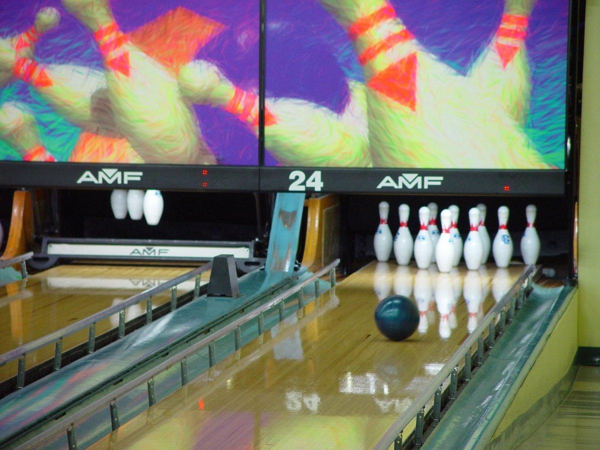 32-bowling-273-calorieshour