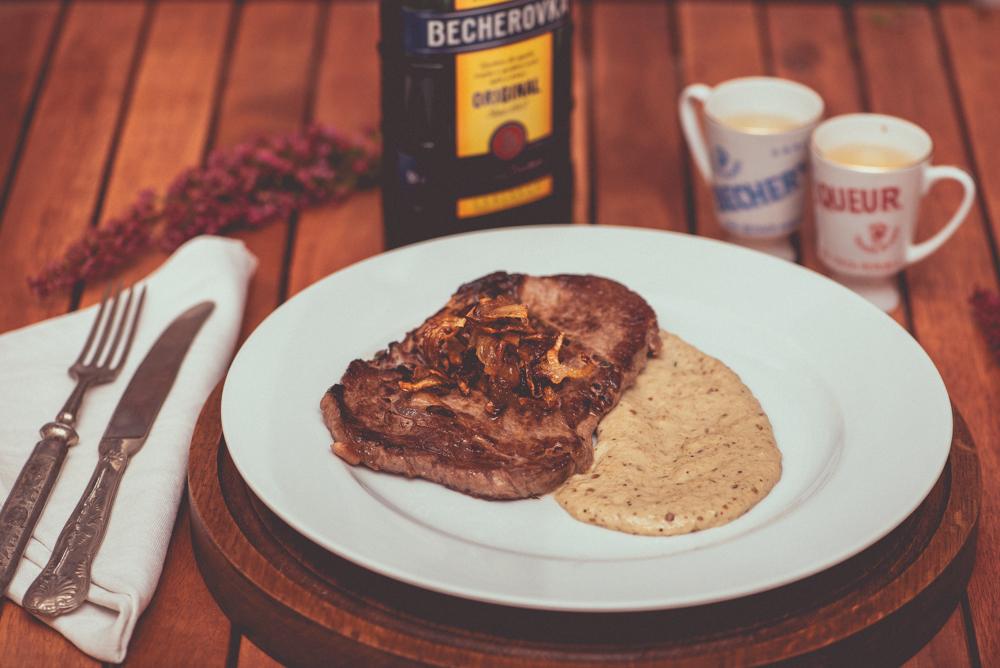 web_steak-s-greckym-baklazanovym-pyre