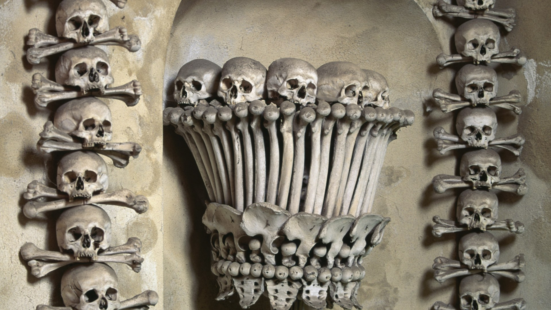 Decoration with human bones, Sedlec Ossuary, 1870, cemetary of All Saints Church, Kutna Hora, Central Bohemia region, Czech Republic.