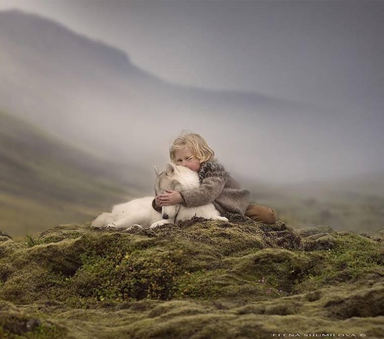 kids-and-animals-elena-shumilova-13