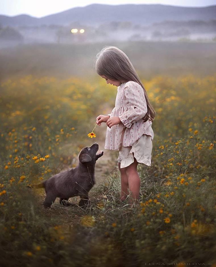 kids-and-animals-elena-shumilova-19