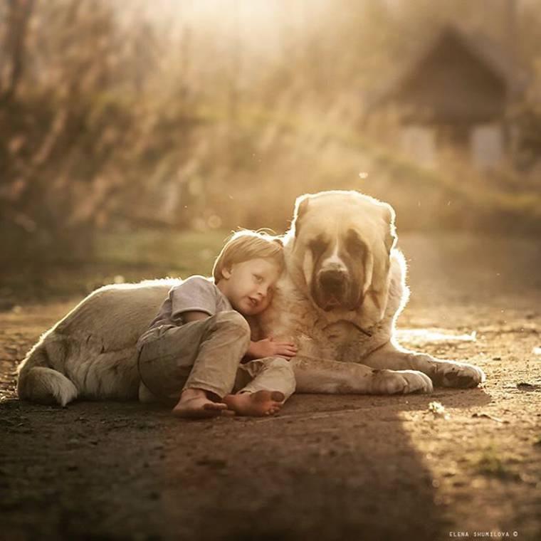 kids-and-animals-elena-shumilova-3