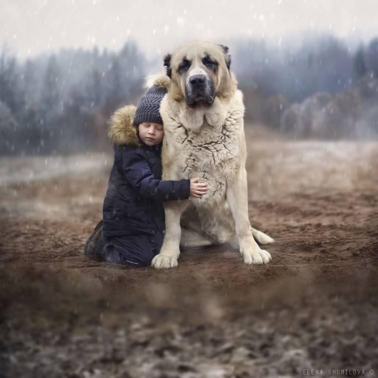 kids-and-animals-elena-shumilova-4