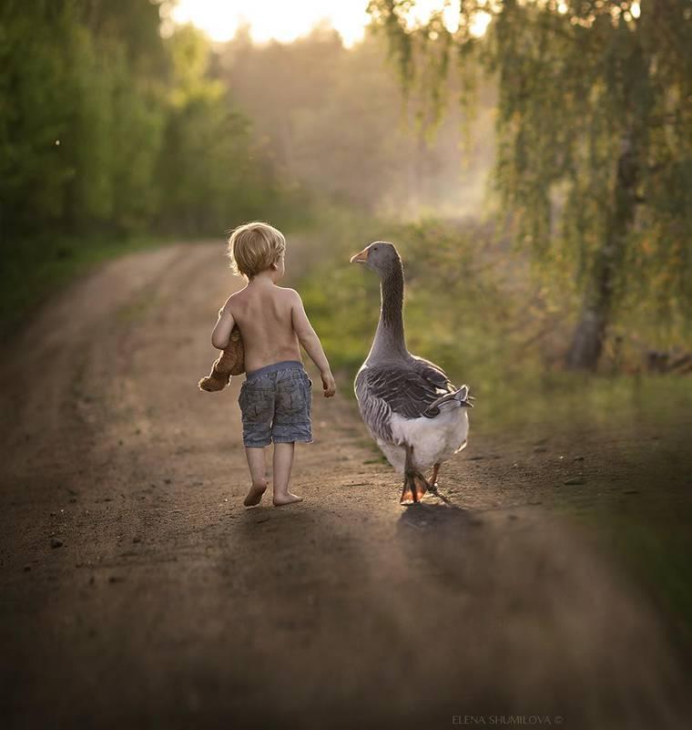 kids-and-animals-elena-shumilova-5