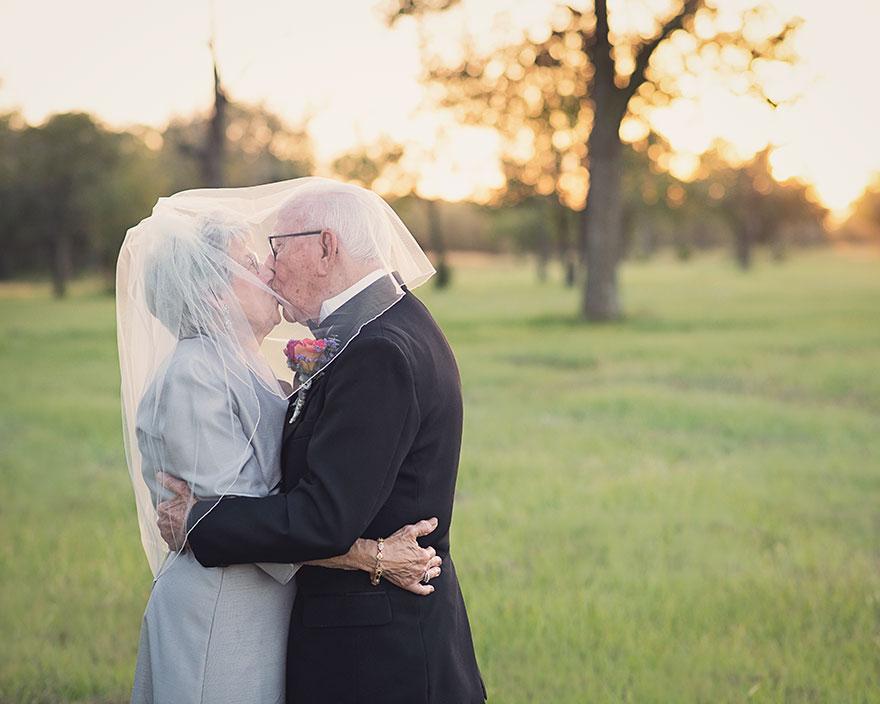 couple-70th-wedding-anniversary-photoshoot-9