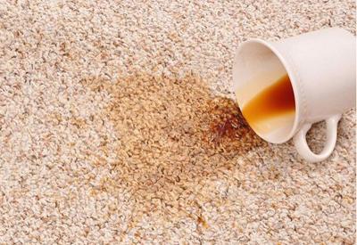 кофе на ковре