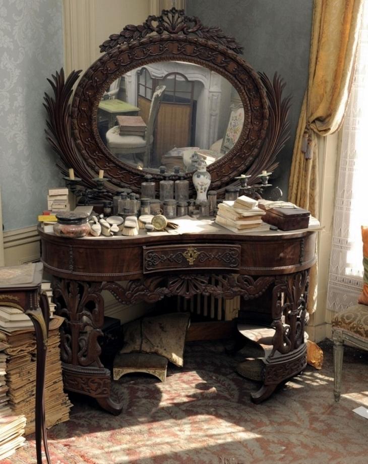 6-apartment-vanity