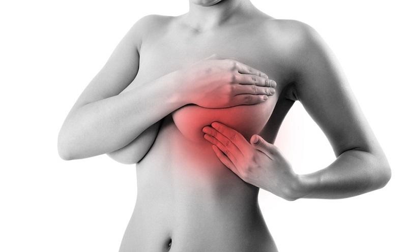 боль в области груди у женщин