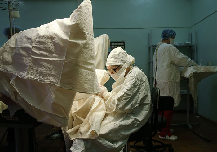 89-year-old-surgeon-alla-ilyinichna-levushkina-8