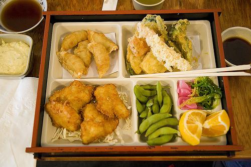 food serving photo