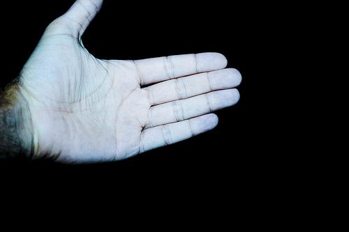 Alien Hand photo