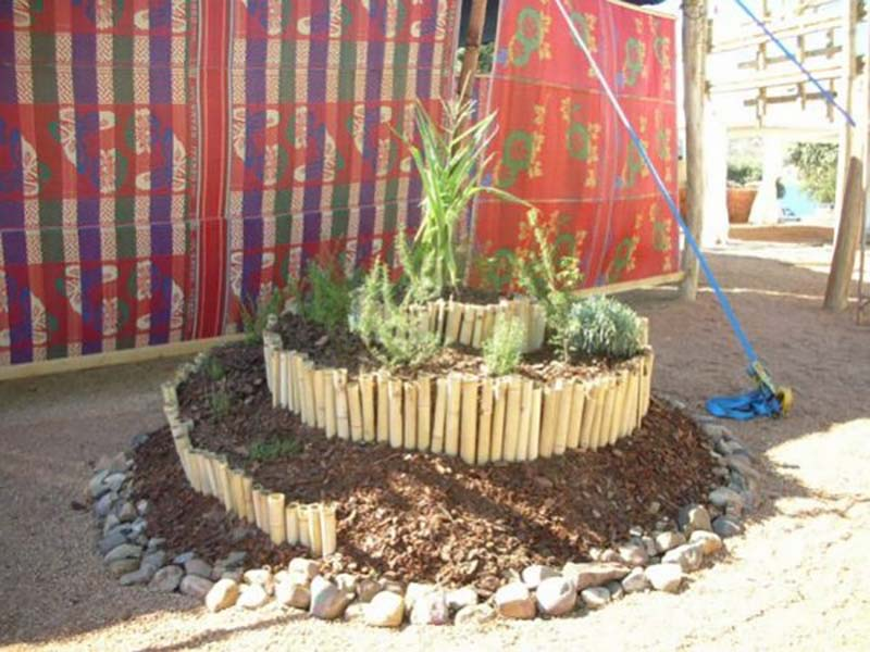 декоративные садовые клумбы