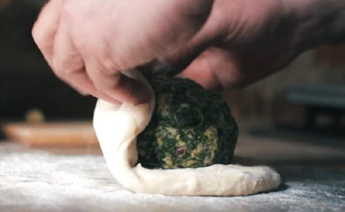 Ossetian syr koláč suluguni