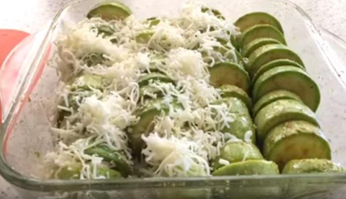 cuketa so syrom a cesnakom v rúre
