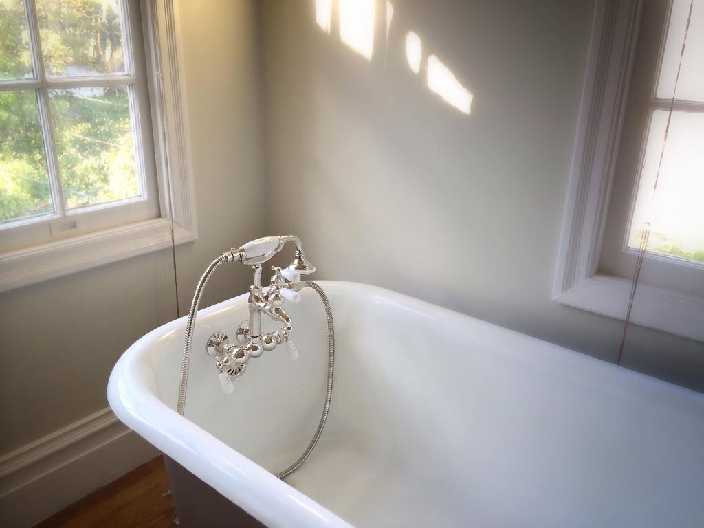bathtub fotografia